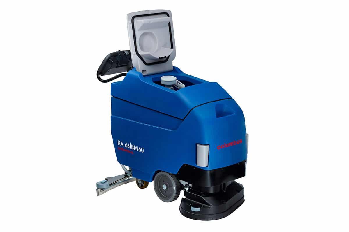 Reinigungsautomat Scheuersaugmaschine RA66BM60 Schräg vorn einfüllen