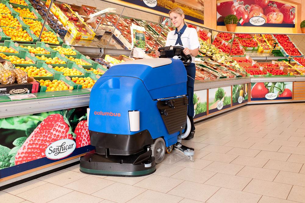 Reinigungsautomat Scheuersaugmaschine RA66BM60 Supermarkt reinigen