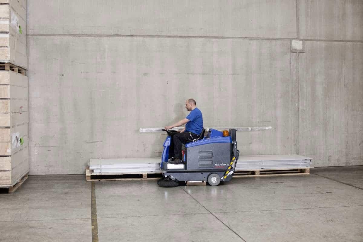 Kehrmaschine AKS70BM62 Lager reinigen