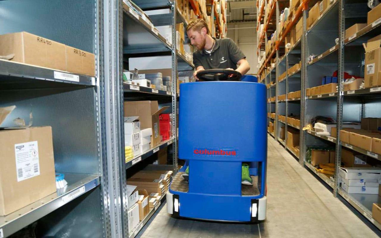 Transport / Logistik Lagerhalle reinigen