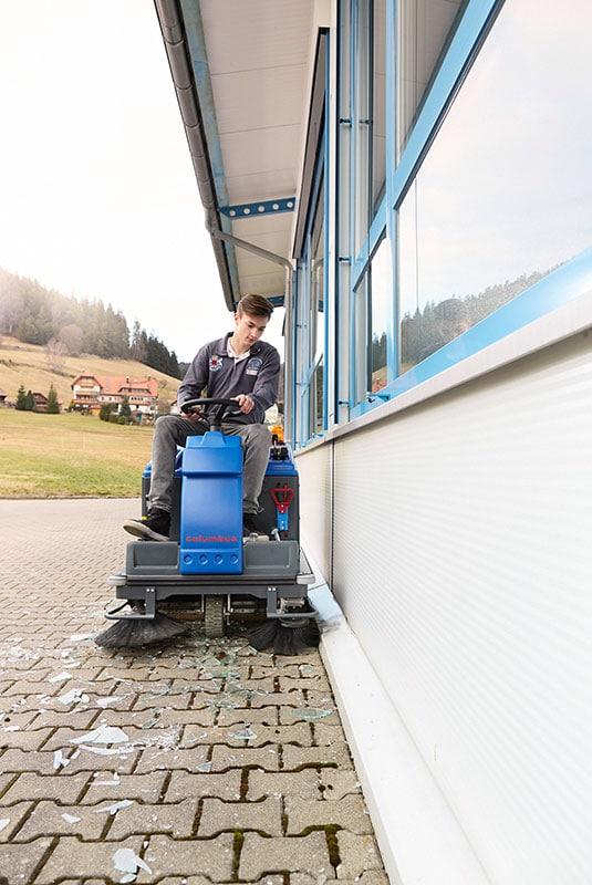 Sweeper AKS70 VM62 stone floor cleaning