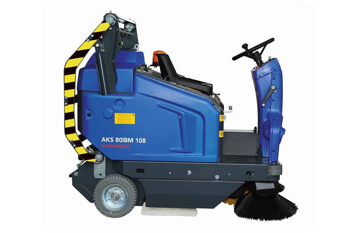 Sweeper AKS80 BM108 side