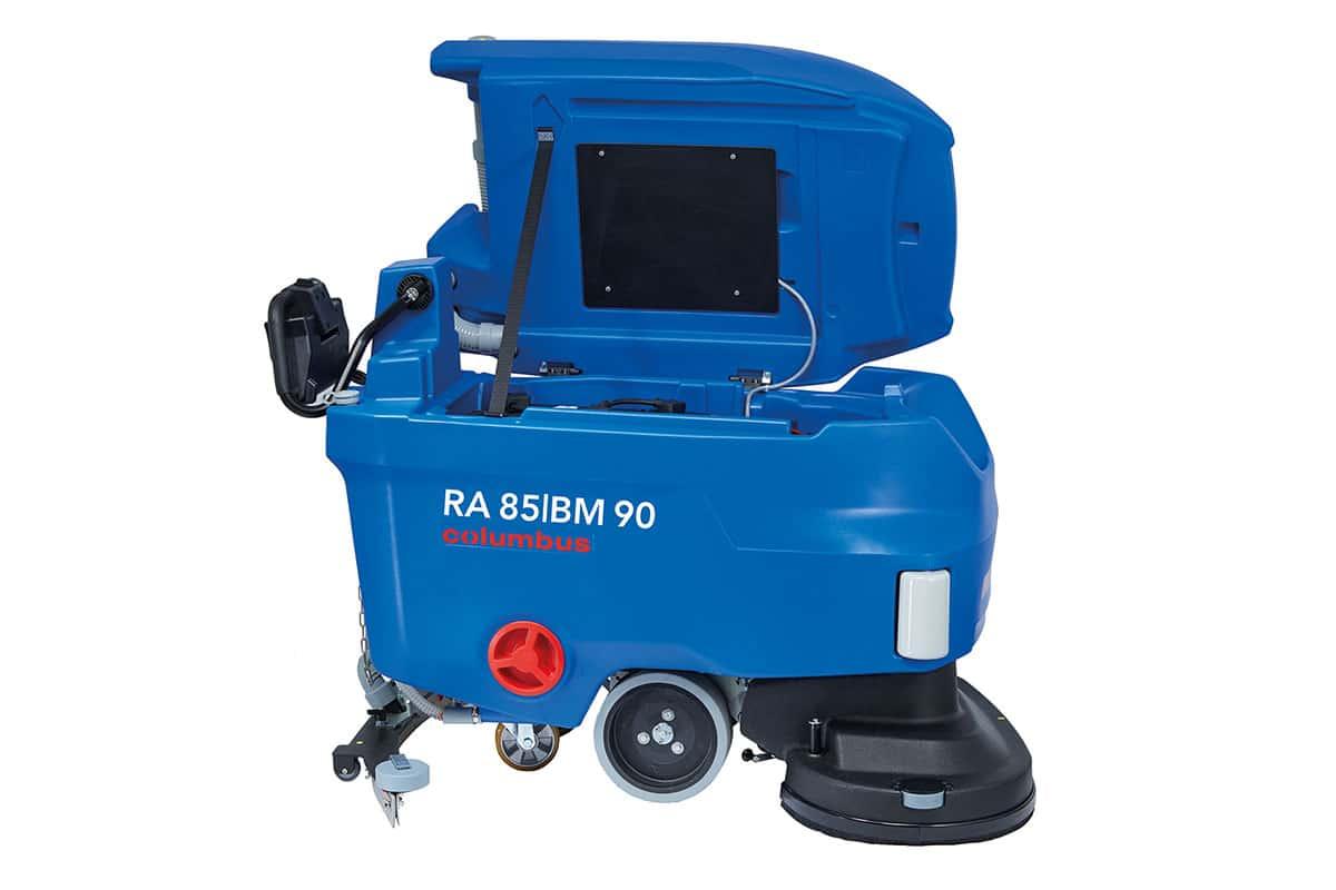 Reinigungsautomat Scheuersaugmaschine RA85BM90 seitlich links geöffnet
