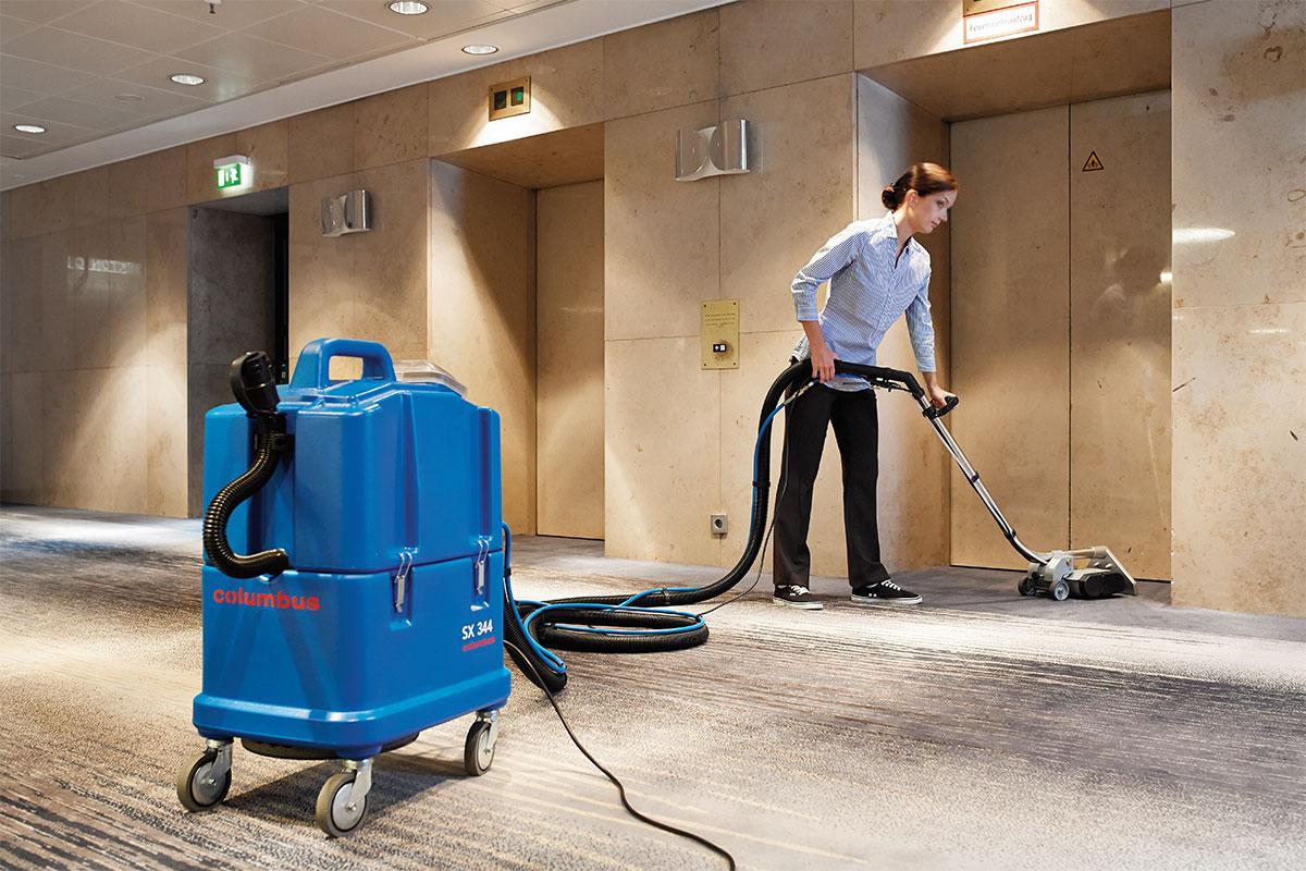 Spray extraction machine SX344 application